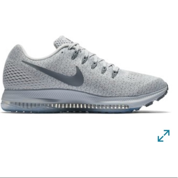 wholesale dealer f5366 7ac3d NEW NIKE Zoom All Out Low Running Sneaker. M_5b60786ecdc7f7da75b088c9